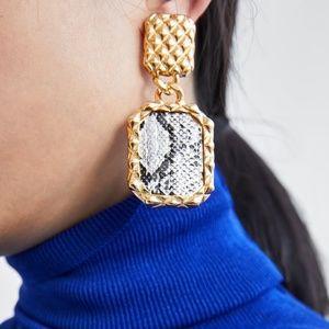 Snakeskin Prinnted Earrings